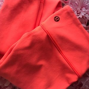 Lululemon Athletica Coral Wunder Unders Size 6